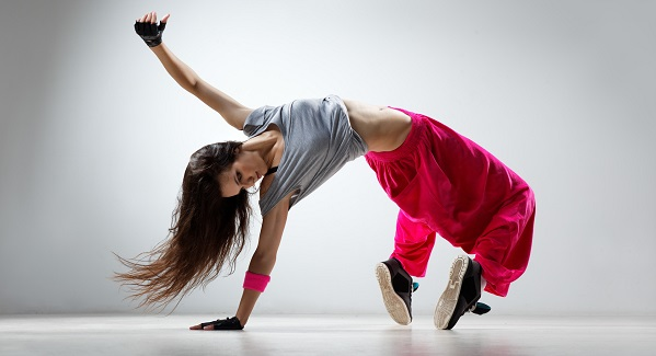 Как научиться танцевать хип хоп в домашних условиях?