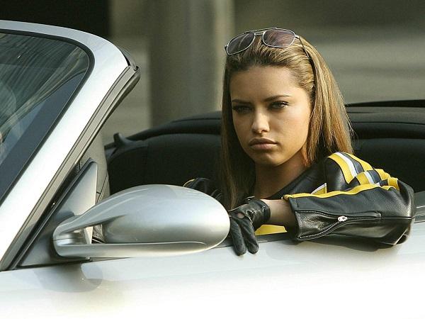 Как девушке быстро научиться водить автомобиль