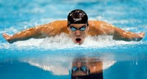 Как научиться правильно дышать при плавании