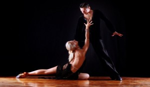 Как научиться танцевать танго дома видео