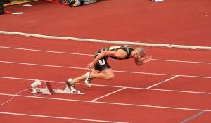 Как научиться быстро бегать 100 метров?