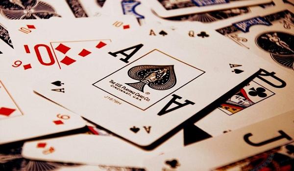Хорошо научиться играть карты дурак