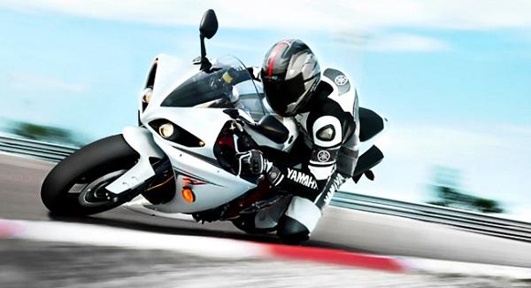 Как научиться ездить на мотоцикле с нуля?