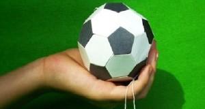 Как сделать мяч из бумаги?