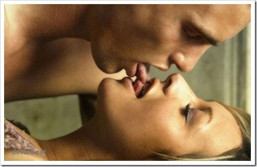 Как научиться целоваться с языком видео