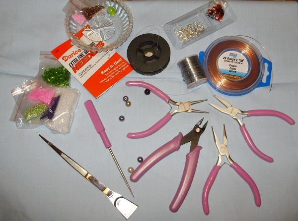 Какие нужны материалов для плетения бисером