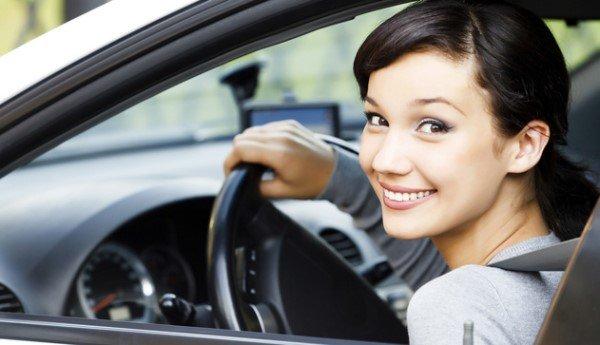 Как сдавать назад на автомобиле