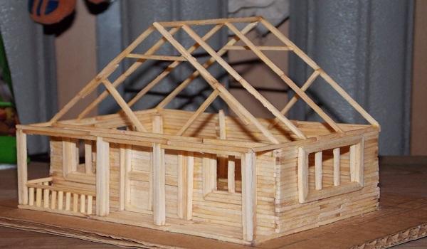 Как сделать из спичек домик?